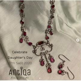 Victorian Necklace